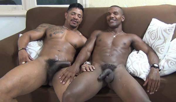 negros roludos brasileiros mundomais