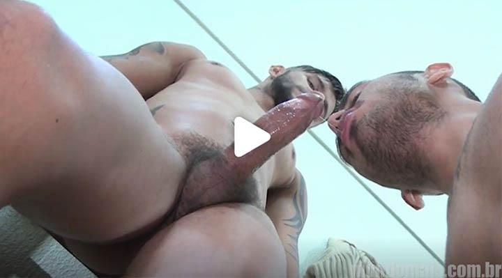 pornô mundo mais boquete na empresa gay