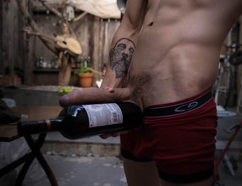 pau grandao garrafa de vinho