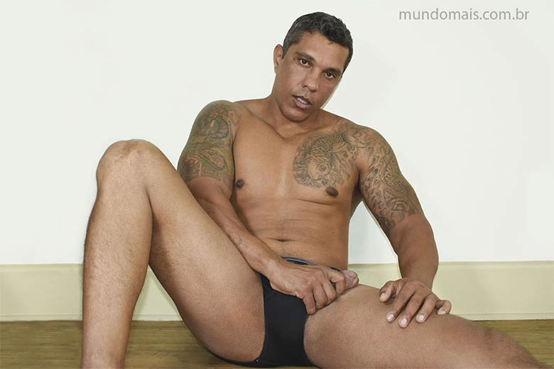 glauco monster nudes mundomais
