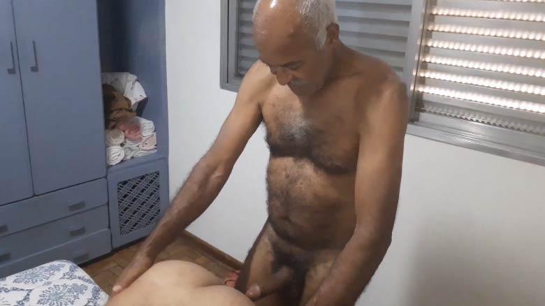 velho gay nu transando porno amador