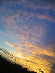 Pada Sebuah Senja