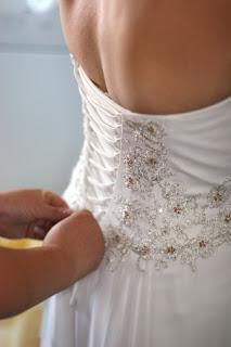 wedding dress back sxc nr - TO: [perempuan/wanita/cewek]