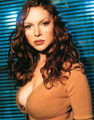 Laura Prepon, Back When She was a Redhead. Ya see? Am I right or what? Hamanananana.
