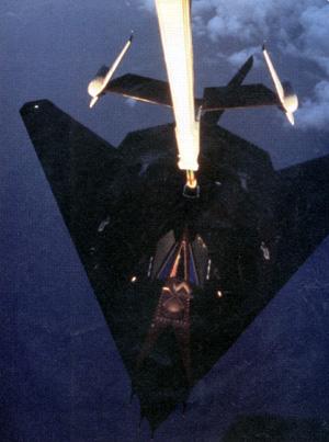 USAF F-117 : vampire in the Iraqi sky