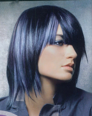 arinenal black hair with blue highlights