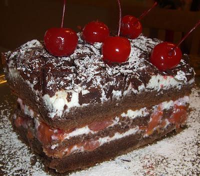 Black Forest Cake (黑森林蛋糕) | Stream in the Hip Desert ...