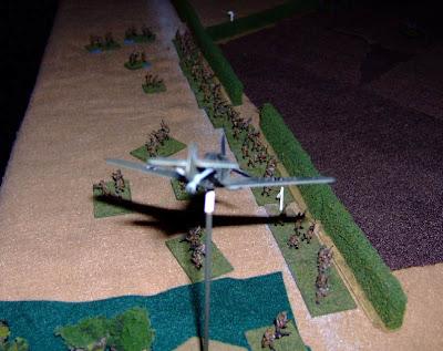 Motostrelkovy flank march on the objective