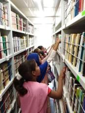 المكتبة المتنقلة بلدية قطارة (10)