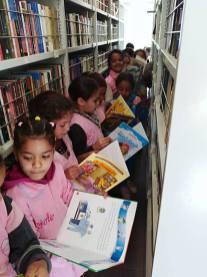 المكتبة المتنقلة في بلدية سيدي بايزيد (13)