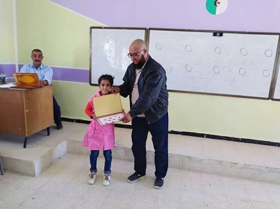 المكتبة المتنقلة في بلدية سيدي بايزيد (5)