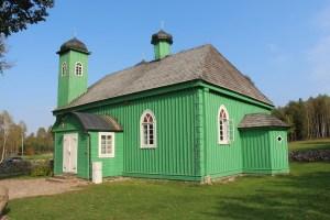 Wycieczka szlakiem tatarskim. W programie zwiedzanie meczetow w Bohonikach i Kruszynianach.