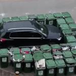 【珍事件】無断駐車の悲劇!!愛車をゴミ箱で囲まれ迷惑ドライバー涙