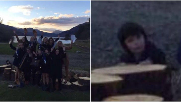 【恐怖】湖で命を落とした子供の幽霊がハッキリ写り込んだ海外心霊写真
