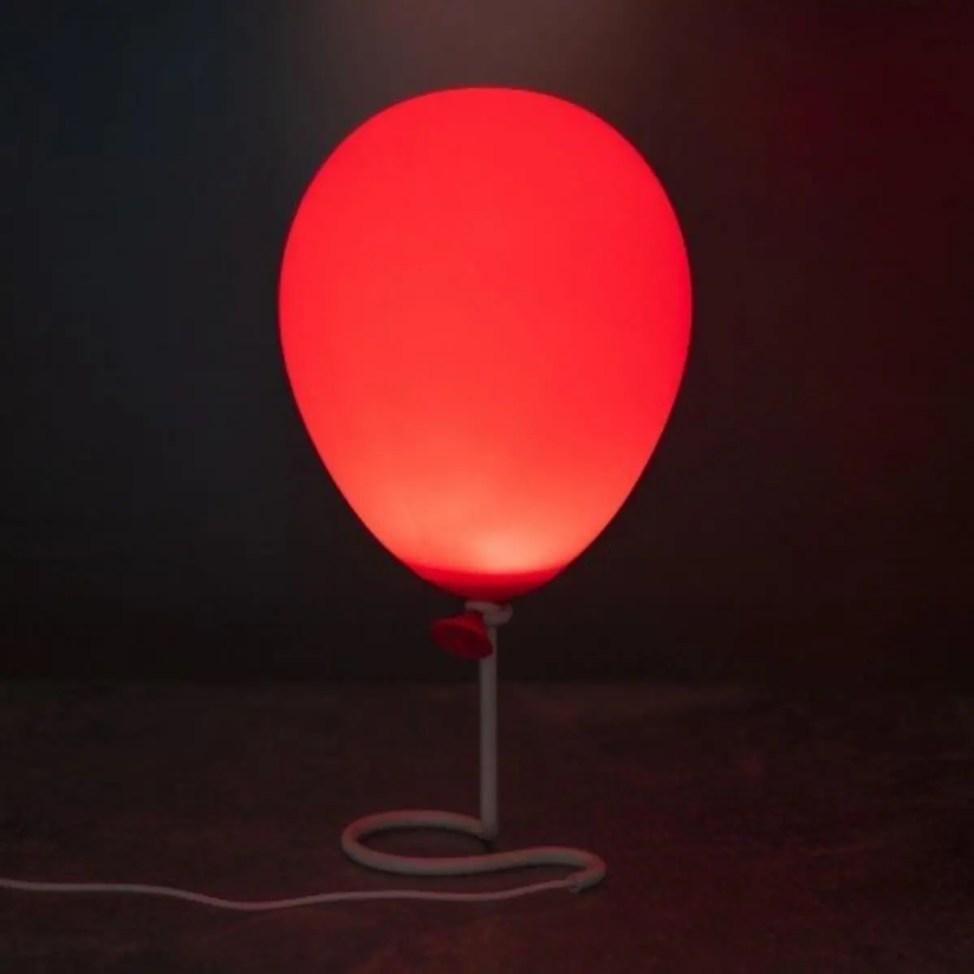 ホラー映画ITペニーワイズモデルの風船ライト