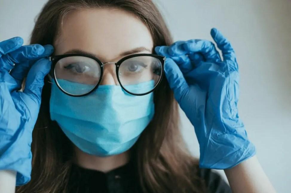 メガネでコロナウイルス予防