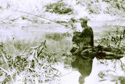 Ho Chi Minh trong mat mot nguoi tung o phia ben kia2