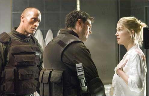 Record exibe o filme Doom: A Porta do Inferno na Super Tela