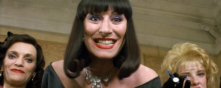 Anjelica Huston não está muito empolgada com o remake de Convenção das  Bruxas - Notícias de cinema - AdoroCinema