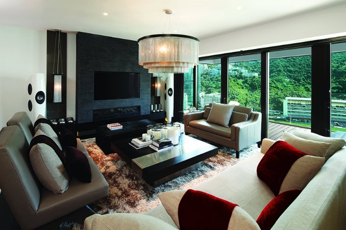 INTERIOR DESIGN PROJECTS: KELLY HOPPEN, A LUXURY