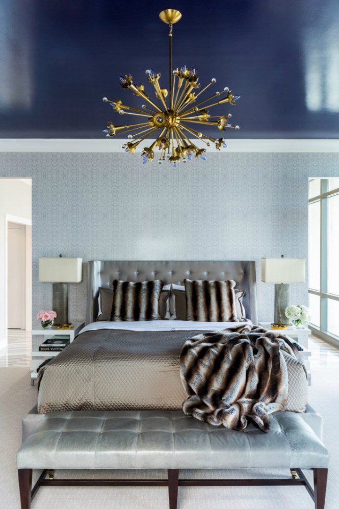 How To Decorate Your Bedroom With Brass Chandelier Elle Décor Tips