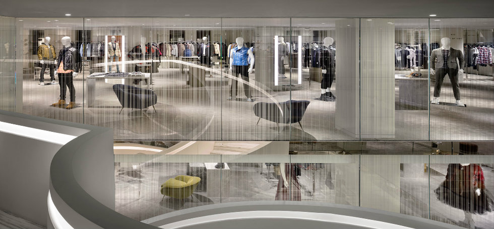 Shopping In New York Visit New Barneys Flagship Store