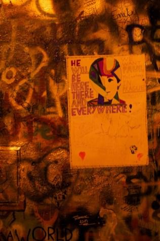 존레논 벽