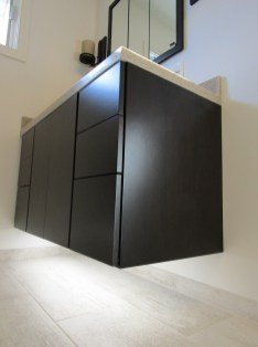 W_floating_cabinet