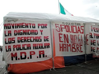 Auxiliary Police on Hunger Strike in Mexico City
