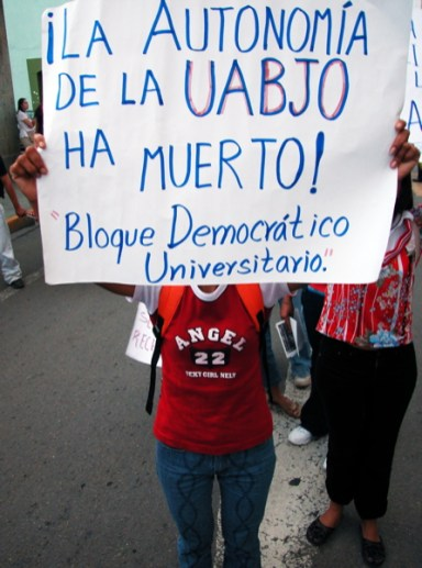 bloquedemocratico_8-19-05