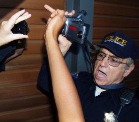 police_10-18-06
