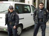 police-outside_4-22-08