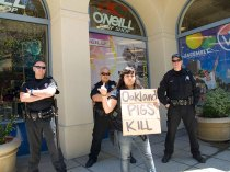 oakland-pigs-kill_7-9-10