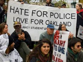 hate-police-love-oakland_10-23-10