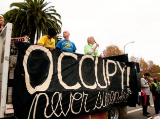 occupy-never-surrender_11-19-11