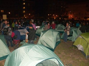 tent-occupation-begins_11-19-11