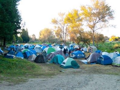 san-lorenzo-park-tents_12-4-11