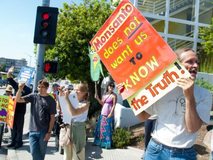 Monsanto Does Not Want Us To Know The Truth!