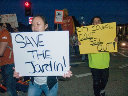 Save the Jardin! City Council Don't Sell Out.