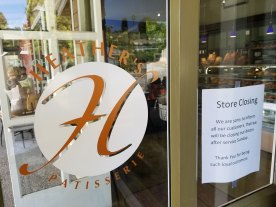 Store Closing Sign at Heather's Patisserie