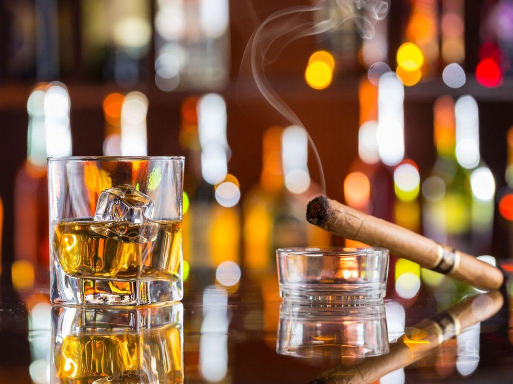 marietta bars the let you smoke