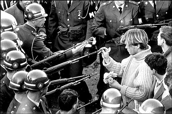 vietnam_protester