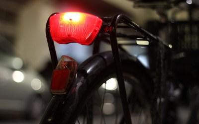 Como estão as luzes da sua bicicleta?