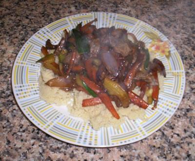 Le verdure alla salsa di soia abbinate con cuscus