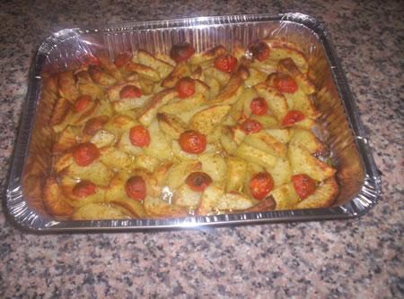 Le patate al forno con finocchio selvatico pronte