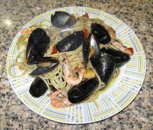 Spaghetti ai frutti di mare surgelati