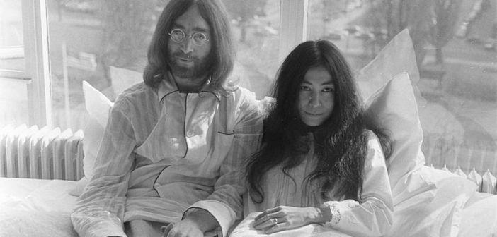 "John and Yoko ""bed-in."" Image: public domain via Nationaal Archief"
