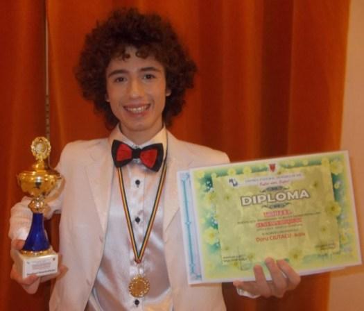 Trofeul festivalului Ceata lui Piţigoi castigat de un brailean