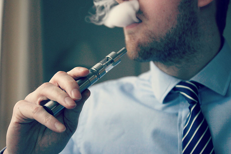 If you vape while driving, the police may be able to prosecute you