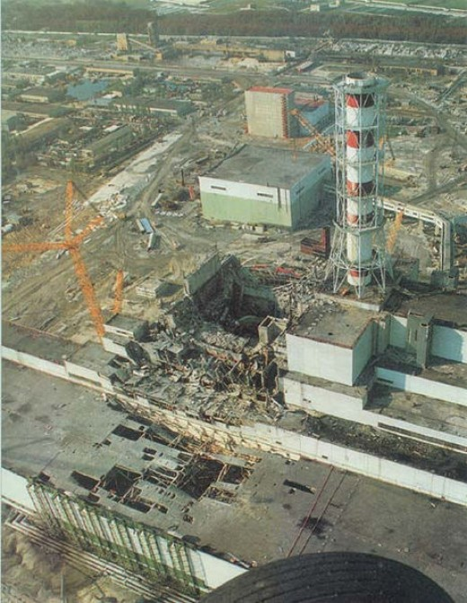 The nuclear reactor after the disaster. Reactor 4 (center). Turbine building (lower left). Reactor 3 (center right).